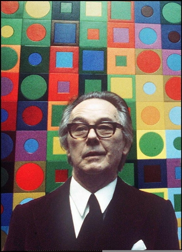VASARELY'S DAUGHTER-IN-LAW CHARGED IN ART THEFT CASE